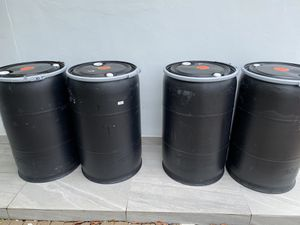 55 gallons plastic barrels open head with lock rim, barrel , barriles , drum , drums for Sale in Miami, FL