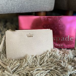 Gorgeous Gold Kate Spade Clutch for Sale in Chicago, IL