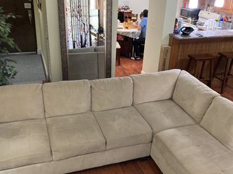 2 Piece L Shaped Couch for Sale in Miami,  FL
