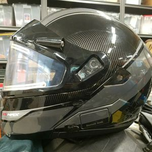 HJC IS-MAX 2 Solid Modular Helmet WITH HEATED SHIELD SIZE XXXL SNOWMOBILE for Sale in Gig Harbor, WA
