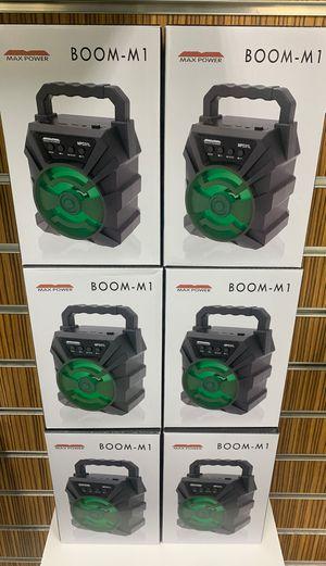 Boom M1 Bluetooth AM/FM radio!! for Sale in Victoria, TX