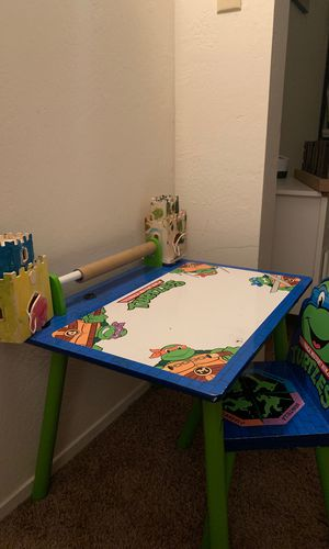 Ninja turtles desk for Sale in Kingsburg, CA