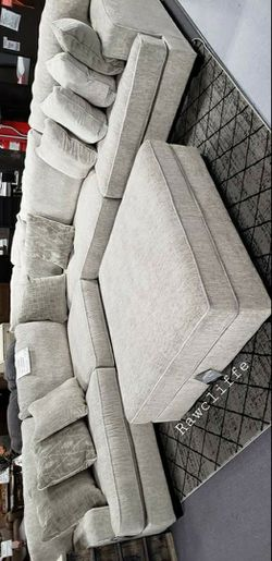 💲39 Down Payment🆕️ Rawcliffe Parchment Modular Sectional byAshley for Sale in Alexandria,  VA