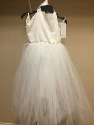Girls Brand NEW Flower Dress & Accessories for Sale in Las Vegas, NV