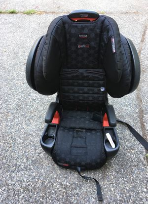 Britax convertible booster seat for Sale in Bothell, WA
