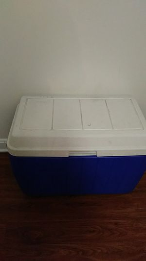 Cooler for Sale in Woodbridge, VA