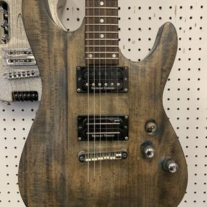 Schecter Electric Guitar for Sale in Pflugerville, TX