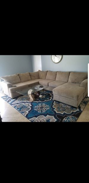 Sectional couch sofa for Sale in Palm Springs, FL