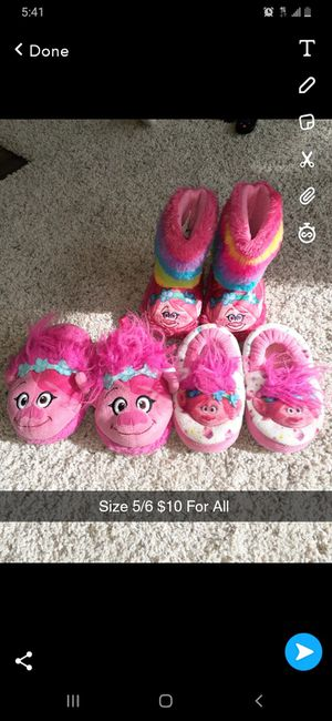 Slippers for Sale in Austin, TX