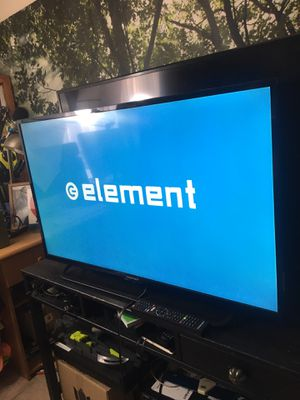 "Element 43"" inch smart tv for Sale in Los Angeles, CA"