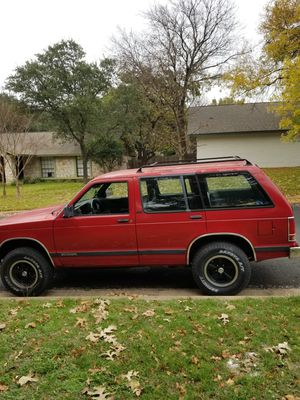 Classic 1993 Chevy Blazer S10, running with current tags for Sale in Austin, TX
