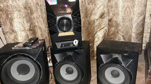 Sony cd player with sub woofer with built in amp for Sale in Groves, TX