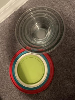Pyrex 8 piece bowl set for Sale in East Meadow, NY
