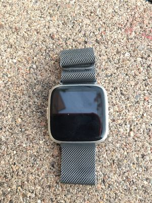 FITBIT VERSA USED BUT WORKS GREAT!!! for Sale in Golden, CO
