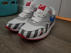 For sale PARRA X NIKE AIR MAX 1 BLANCAS/PURE PLATINUM. Size 11. No change. Firm price for Sale in Miramar, FL