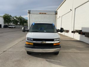 Chevy express 3500 box truck lift gate 2011 for Sale in Phoenix, AZ