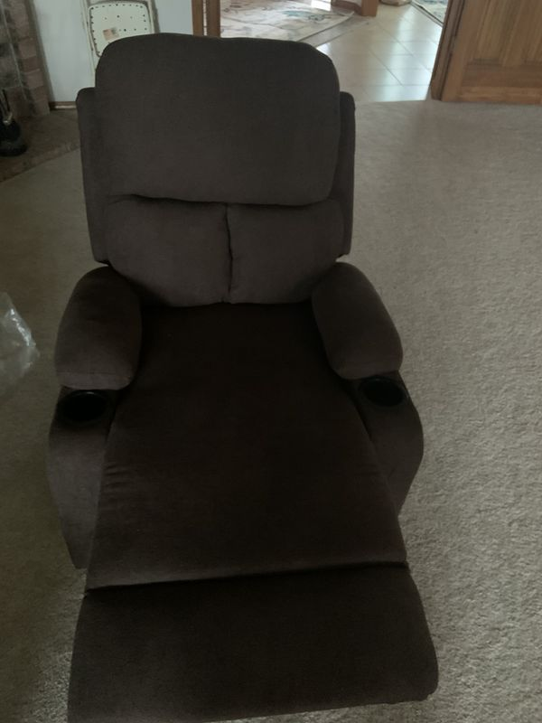 Brand NEW Recliner