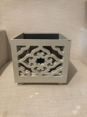 Caja de decoración for Sale in Anaheim, CA