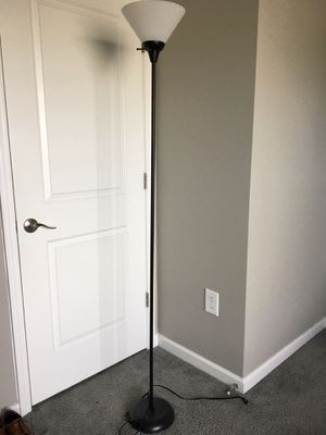 6' Floor Lamp for Sale in Gahanna, OH