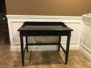 Desk and side table for Sale in Shelton, CT