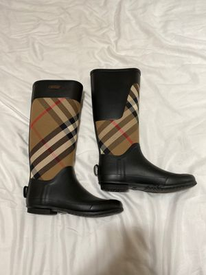 Burberry rain boots for Sale in Tulare, CA