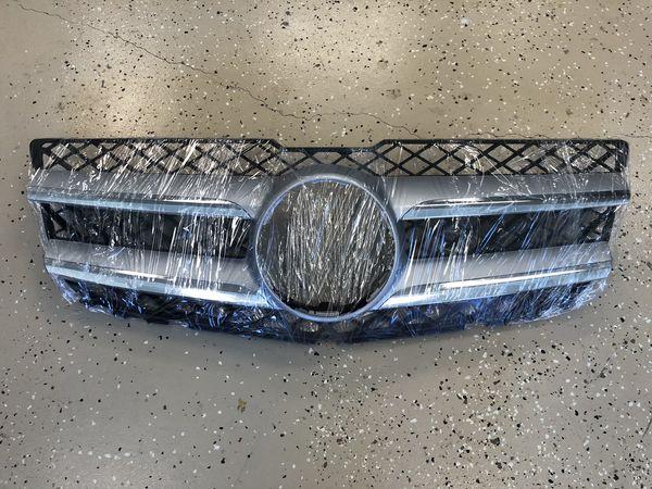 Mercedes Benz 12-15 GLK-Class X204 Front Grille w/o Emblem