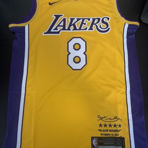 Kobe Yellow 8 Los Angeles Lakers 2017 Jersey for Sale in Glendale, CA