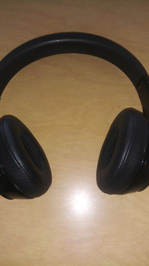 New Bluetooth wireless headphones Beats. Work good $100 for Sale in Oceanside, CA