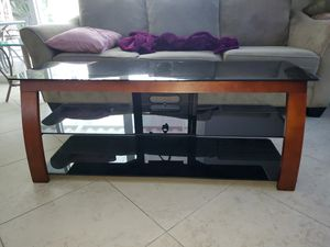 Like new condition TV stand for Sale in Orange, CA