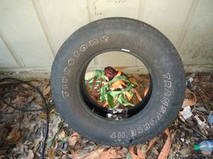 Lt265/70r17 used tire for Sale in Ruskin, FL