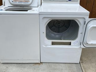 washer Kenmore Elite and dryer ge Gas for Sale in Montebello,  CA