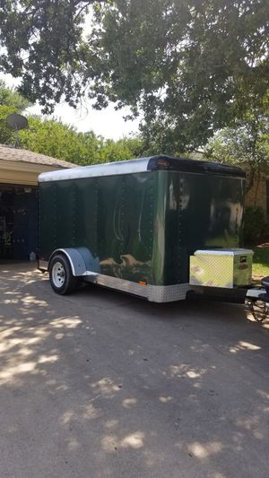 6 X 12 enclosed trailer for Sale in Hurst, TX