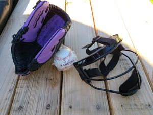 Wilson Baseball Softball Glove Monsta Web Fastpitch Series - RIP-IT Youth Defense Fielder's Mask - A New Texas Rangers Baseball for Sale in Austin, TX
