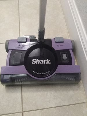 Shark cordless floor and carpet sweeper for Sale in Georgetown, TX