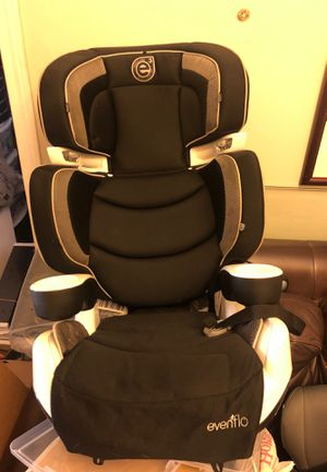 Evenflo car seat with cupholders and lights for Sale in New York, NY