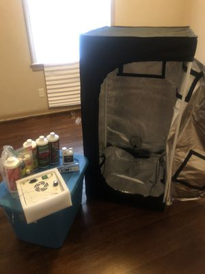 Grow tent with light and nutrients for Sale in Garfield Heights, OH