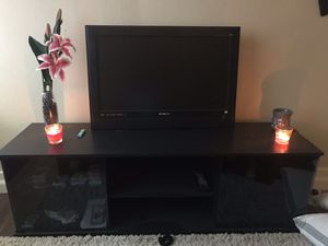 32 inch TV for Sale in Portland, OR