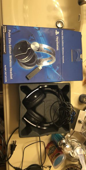 Platstation Elite Wireless Headphones for Sale in San Antonio, TX