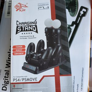 Quad Charging dock for ps4 ps move for Sale in Los Angeles, CA