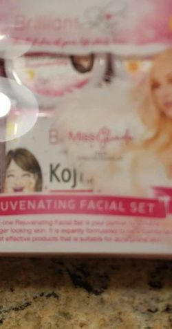 Rejuvenating Facial Face Set New for Sale in Farmington,  UT