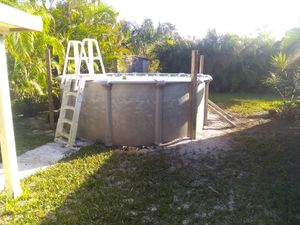 Above ground pool, pump and filter pool needs a liner for Sale in St. Petersburg, FL