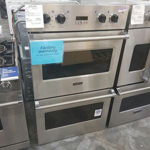 New Viking Double Oven FACTORY WARRANTY for Sale in Hacienda Heights, CA