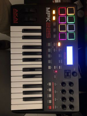 Akai MPK 225 for Sale in Miami Beach, FL