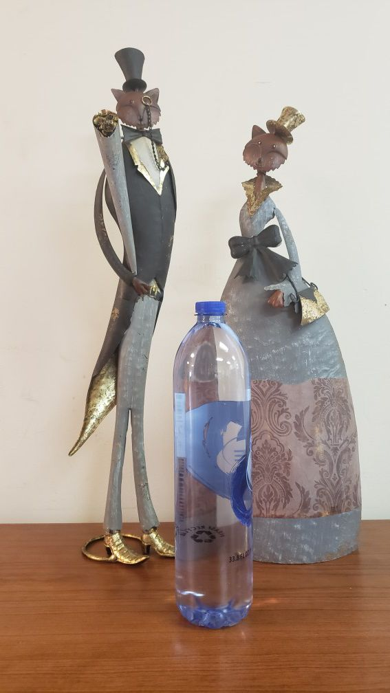Antique Decor: Mr. & Mrs. Fox