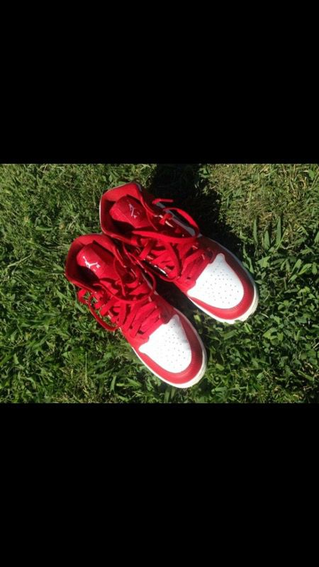 Gym Red 1's Size 6.5