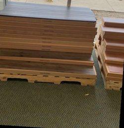 Wood vinyl flooring MZLI for Sale in Paramount,  CA