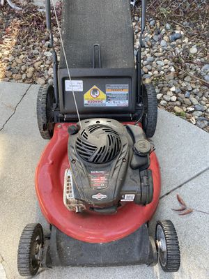 MTD LAWN MOWER for Sale in Brentwood, CA