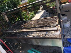 Bbq grill for Sale in Orosi, CA