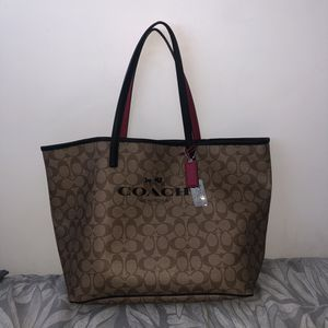 Signature canvas Coach tote bag for Sale in Miami, FL