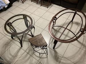 3 piece coffee table set for Sale in Thompson's Station, TN